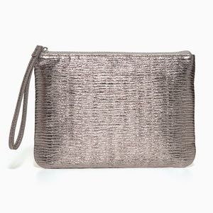 Stella & Dot In Charge Textured Pewter Pouch